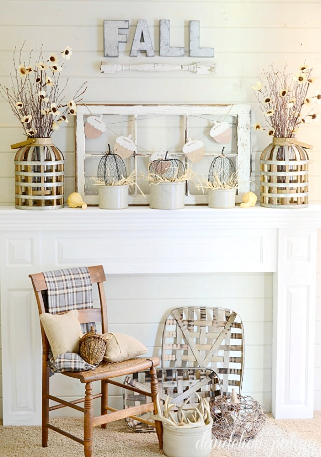 fall-neutral-mantel