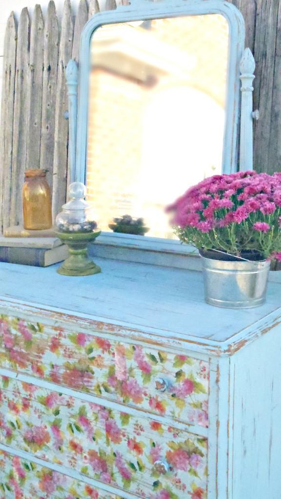 floral dresser side view