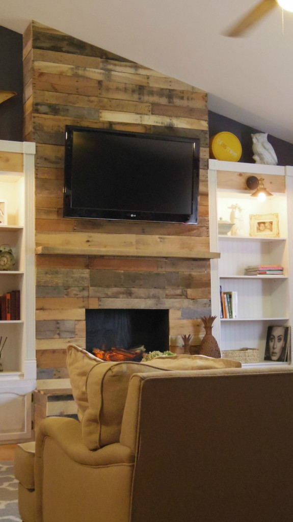 diy pallet wood fireplace addison meadows lane rh addisonmeadowslane com